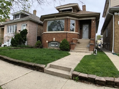 Elmwood Park Single Family Home For Sale: 2937 North 77th Avenue