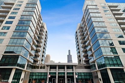 Condo/Townhouse For Sale: 125 South Green Street #308A