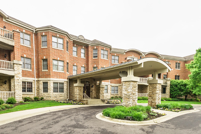 Highland Park Condo/Townhouse For Sale: 940 Augusta Way #215