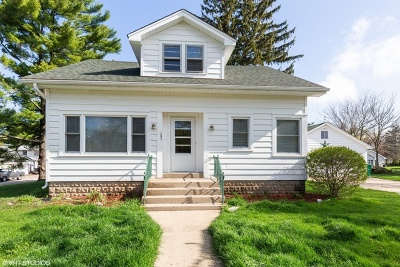 Hampshire Single Family Home For Sale: 202 Grove Avenue