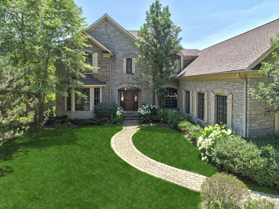 Glenview Single Family Home For Sale: 835 Wagner Court