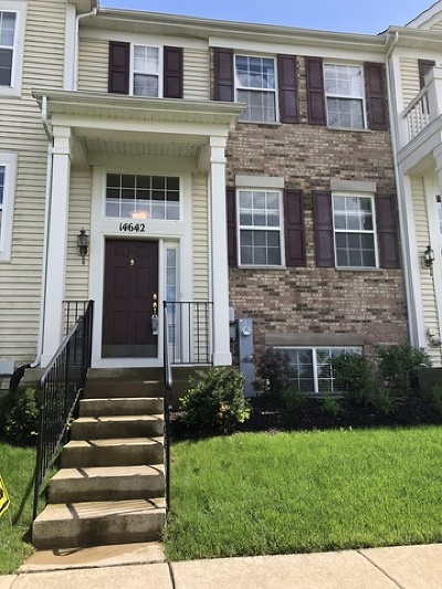 Plainfield Condo/Townhouse For Sale: 14642 Paul Revere Lane