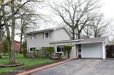 Streamwood Single Family Home For Sale: 105 Woodcrest Circle