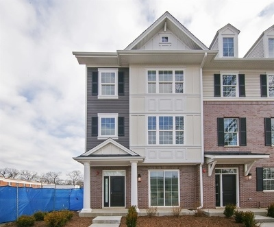 Glenview Condo/Townhouse For Sale: 1229 Waukegan Road