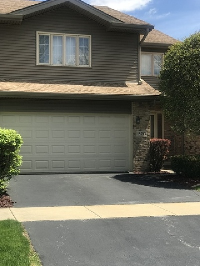 Tinley Park Condo/Townhouse For Sale: 16713 Westwind Drive