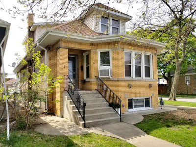 Elmwood Park Multi Family Home For Sale: 2844 North 75th Court