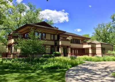 Northfield Single Family Home For Sale: 90 Meadowview Drive