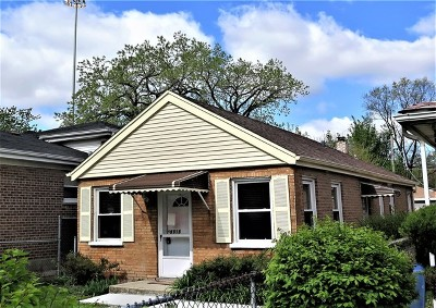 Chicago Single Family Home For Sale: 9818 South Harvard Avenue
