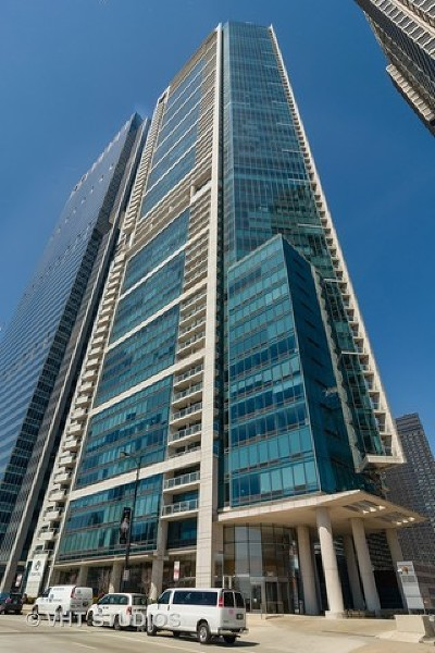 Chicago Condo/Townhouse For Sale: 340 East Randolph Street #3702