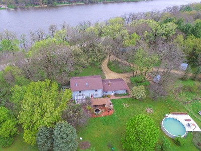 Ogle County Single Family Home For Sale: 6315 North River Road