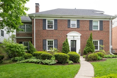 Winnetka Single Family Home For Sale: 556 Winnetka Avenue