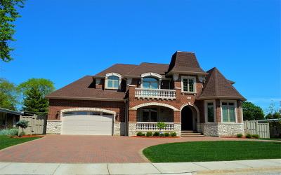 Norridge Single Family Home Contingent: 5113 North Moreland Avenue