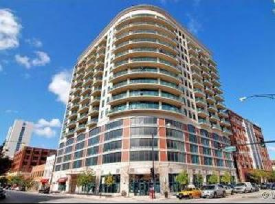 Condo/Townhouse For Sale: 340 West Superior Street #909