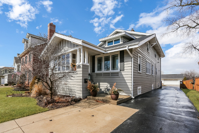 Elmhurst Single Family Home For Sale: 333 Alexander Boulevard