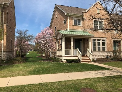 Glenview Condo/Townhouse For Sale: 2660 Goldenrod Lane