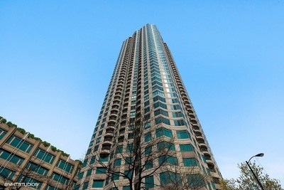 Condo/Townhouse New: 400 North Lasalle Drive #3601