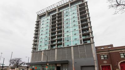 Condo/Townhouse For Sale: 700 West Van Buren Street #703