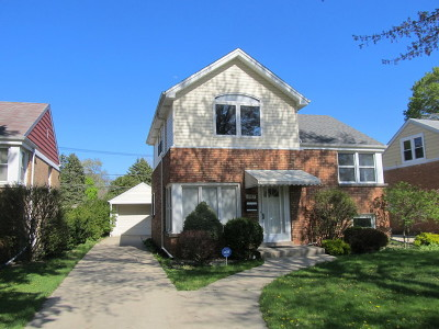 Morton Grove Single Family Home For Sale: 8917 Marmora Avenue