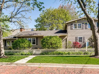 Downers Grove Single Family Home For Sale: 4837 Middaugh Avenue