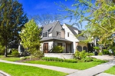 Single Family Home Contingent: 504 West Benton Avenue
