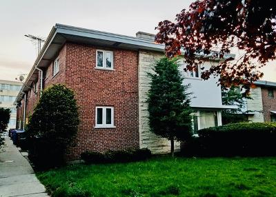 Condo/Townhouse Contingent: 6900 North Ridge Boulevard #C