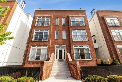 Condo/Townhouse New: 1726 West Diversey Parkway #1E