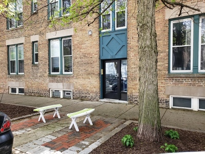 Chicago Multi Family Home For Sale: 2611 West George Street