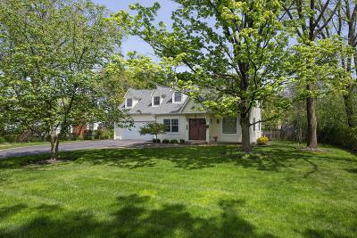 Glenview Single Family Home For Sale: 1423 Hawthorne Lane