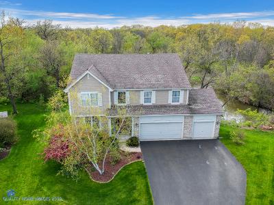 Buffalo Grove Single Family Home For Sale: 8 River Oaks Circle West