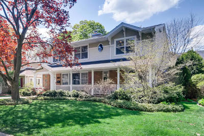 Single Family Home Re-Activated: 723 Ouilmette Lane