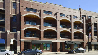 Condo/Townhouse For Sale: 2853 North Halsted Street #201
