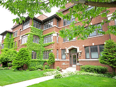Evanston Condo/Townhouse For Sale: 1016 Main Street #3