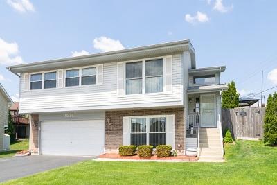 Hoffman Estates Single Family Home For Sale: 1574 Brookside Drive