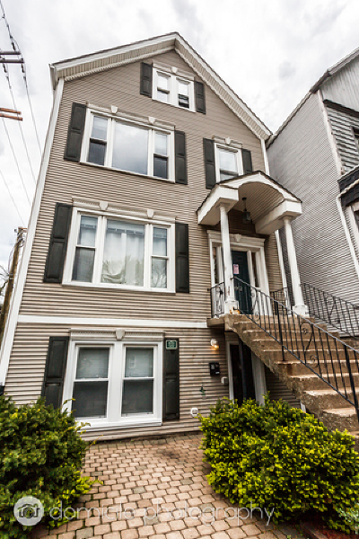 Multi Family Home For Sale: 1042 West Roscoe Street