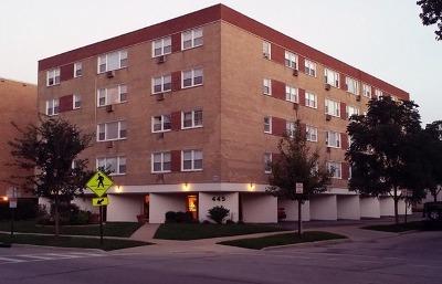 Evanston IL Condo/Townhouse New: $200,000