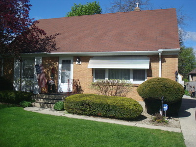 Elgin IL Single Family Home New: $185,500