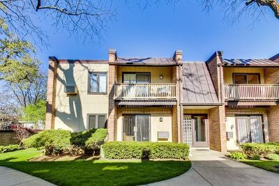 Glenview Condo/Townhouse For Sale: 1751 Henley Street #1N