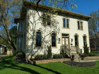 Libertyville Single Family Home For Sale: 307 Brainerd Avenue