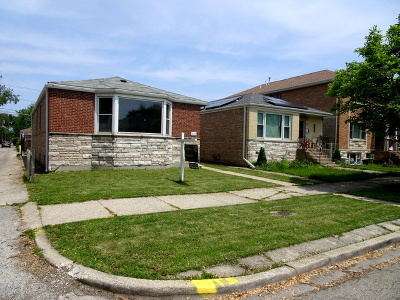 Chicago Single Family Home For Sale: 3142 West Hood Avenue
