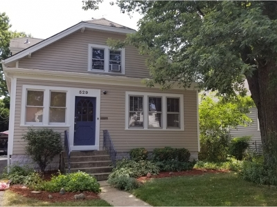 Arlington Heights IL Single Family Home New: $359,900