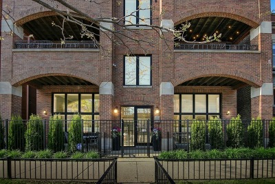 Condo/Townhouse New: 1346 West Addison Street #2E