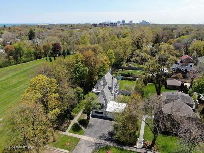 Wilmette Single Family Home For Sale: 211 Greenleaf Avenue