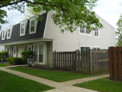 Bolingbrook Condo/Townhouse Contingent: 6 Fernwood Drive #6