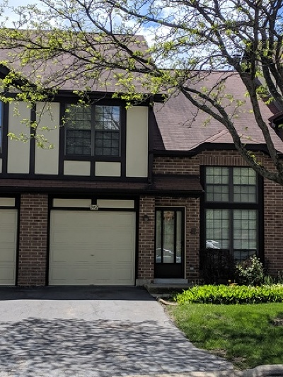 Bloomingdale Condo/Townhouse For Sale: 342 Arquilla Court #342