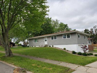 Bloomington Single Family Home New: 606 Bradley Drive