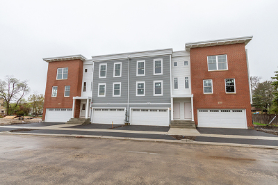 Du Page County Condo/Townhouse New: 506 Highland Parkway