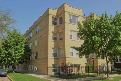 Condo/Townhouse New: 3817 West Ainslie Avenue #G