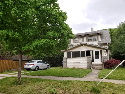 Bloomington IL Single Family Home New: $129,000