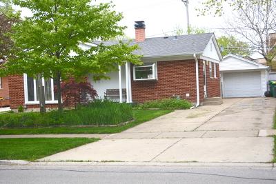Wheeling Single Family Home New: 545 East Merle Lane