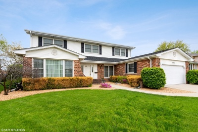 Arlington Heights Single Family Home New: 2014 North Pinetree Drive